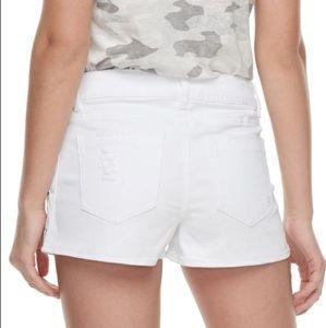 • juniors distressed white denim short shorts •